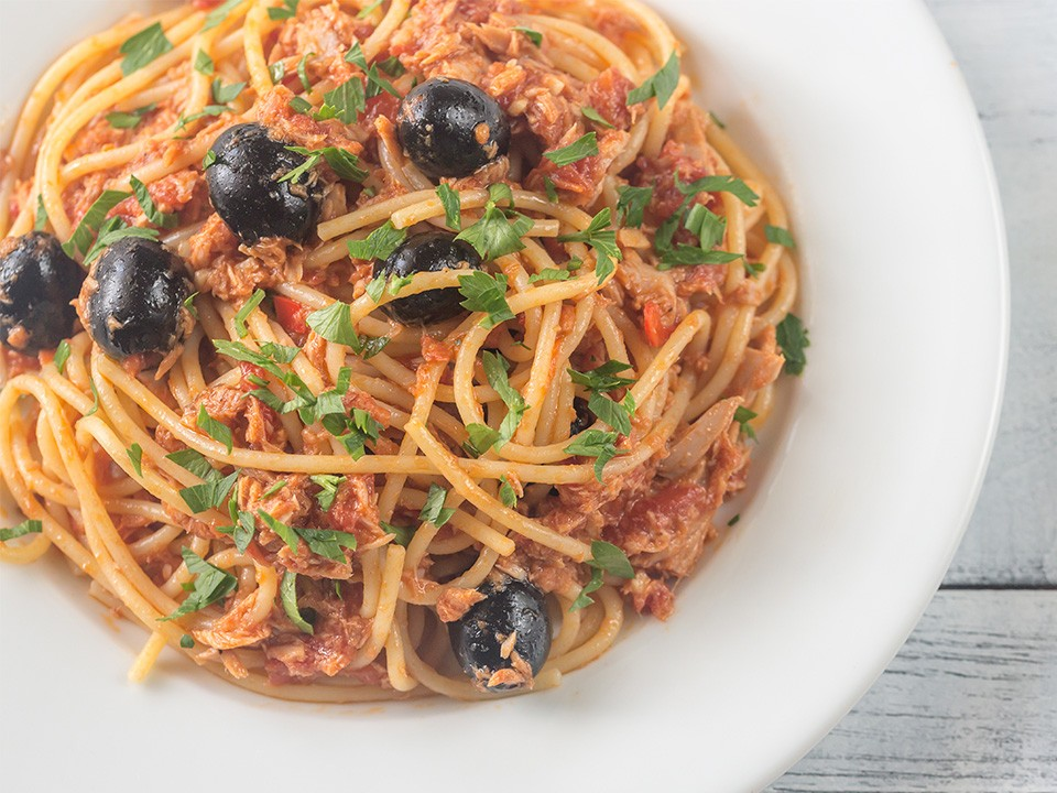Acılı Ton Balıklı Spagetti